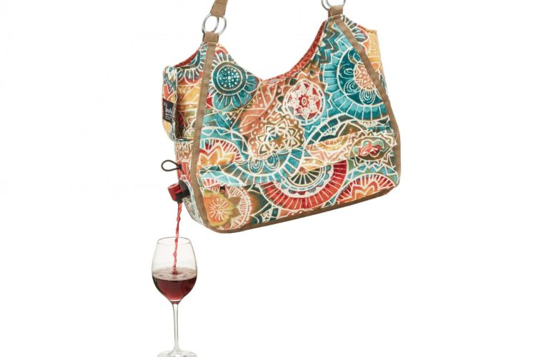 wine-dispensing-purse-1-750x500